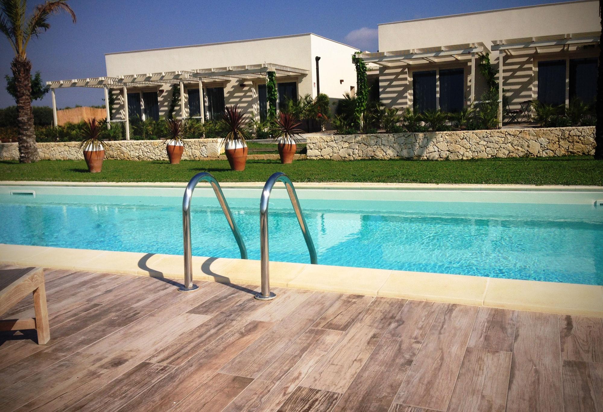 camere-vista-piscina1