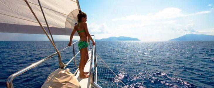 Isole Eolie in Caicco: la tua vacanza romantica alle isole eolie
